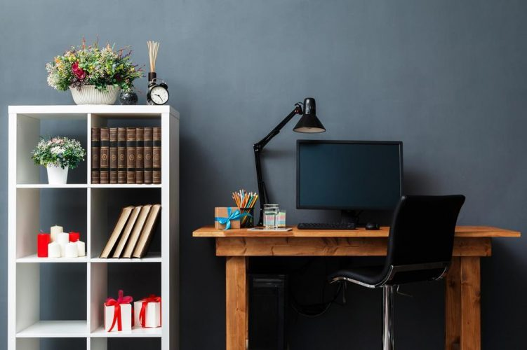 What Sets the Best Home Office Desk Apart From the Rest